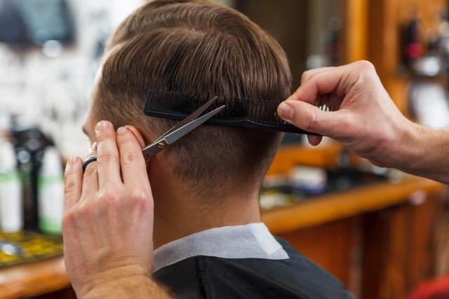 AGA治療のメリット(散髪代が浮く)